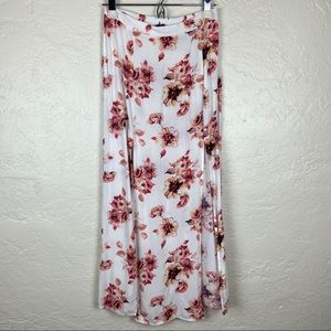 & Harmony Floral Maxi Skirt with Front Slits M